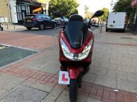 STUNNING HONDA PCX 125cc red 64 plate 2014 like new! !!!