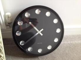 Karlsson black clock