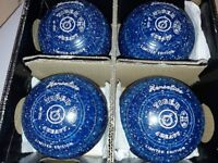 EXCELLENT SET OF HENSELITE TIGER LIMITED EDITION BOWLS SIZE4 STAMPED WB23 IN ORIGINAL BOX,BLUE+WHITE