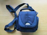 Samsonite DFV44 Camera Bag - Brand New
