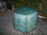 Six sided compost bin- green