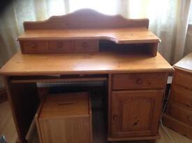 Pine dressing table / desk