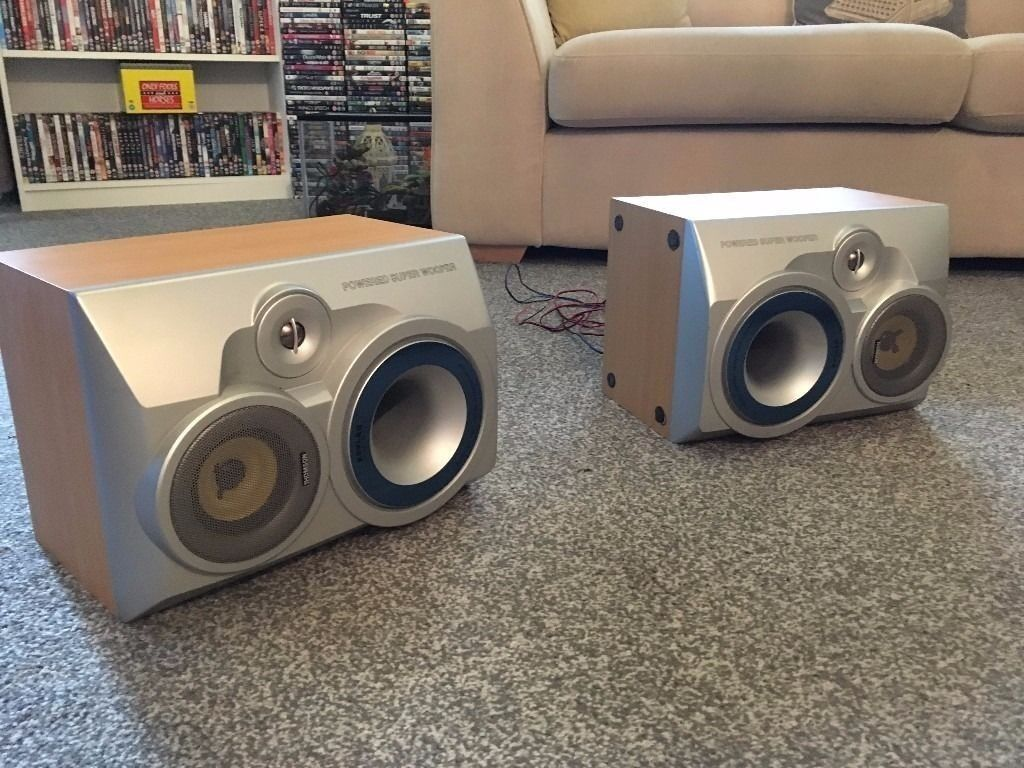 thomson kevlar speakers with built in subsin Wickford, EssexGumtree - pair of bi wired thomson kevlar speakers with built in subs great sound in good condition good working order 100 watts