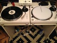 Pioneer PLX-500 white direct drive turntables