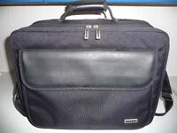 "Bag for 17"" laptop"