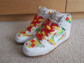 Nike Hi Dunk rare Trainers, Size 5.5, White with coloured Check Checker Pattern