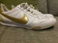Nike Classic Leather Cortez Trainers Shoes UK Size 7 41 White Gold Ladies Men's Unisex