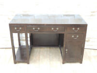 Solid heavy duty desk Vintage (Delivery poss)