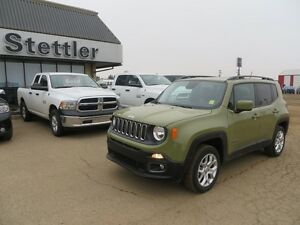 2015 Jeep Renegade North 4x4 HEATED SEATS AND STEERING WHEEL!