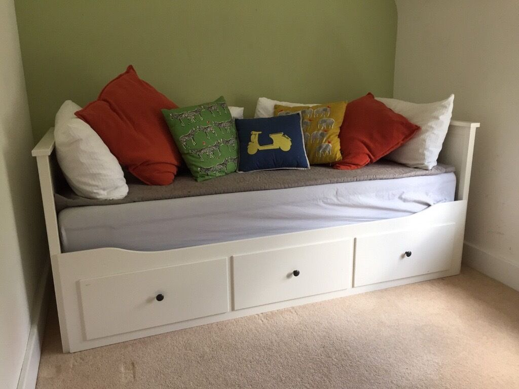 ikea hemnes day bed with mattresses immaculate in. Black Bedroom Furniture Sets. Home Design Ideas