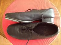 Tap shoes size 9 womens