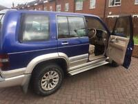 Isuzu trooper 3.0 4x4 one former keeper
