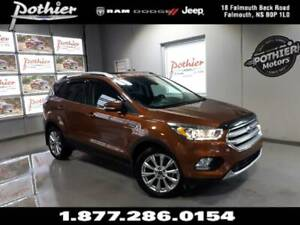 2017 Ford Escape Titanium | AWD | AUTO | PANORAMIC SUNROOF |