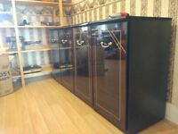 Free cupboard and matching display cabinet to a collector