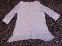 PER UNA T-SHIRT TUNIC TOP OFF WHITE LACEY 3/4 LENGTH SLEEVES FRILLED SIZE 18