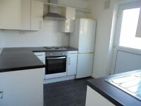 Beautiful Two bedroom house Markyate Road RM8 2LD To Let