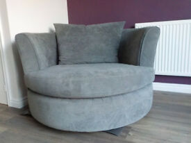 Grey swivel chair (Cuddle chair)