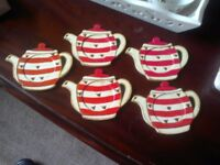 5 CUP COASTERS..TEAPOT SHAPED.