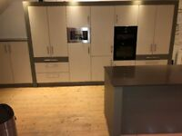 Luxury Fitted Kitchen for Sale inc Sinquastone Espresso worktop, intergrated fridge, and oven
