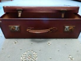 Vintage Leather Suitcase with Leather Hinges