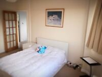 SPACIOUS DOUBLE ROOM IN HANGER LANE £750-£850/MONTH, BILLS INCLUDED