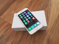 iPHONE 6 UNLOCKED GOLD ORIGINAL BOX CHARGER FULLY WORKING £160