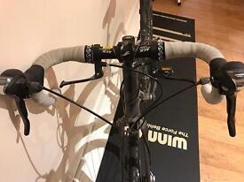 Giant anyroad bike