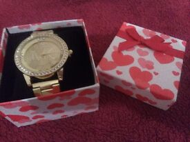 Ideal valentine gift NEW watch with box