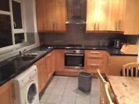£600PCM FOR DOUBLE ROOM!!! CALDERON ROAD E11 4EU *AVAILABLE NOW MUST VIEW*