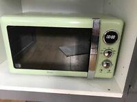 Swan Green retro microwave