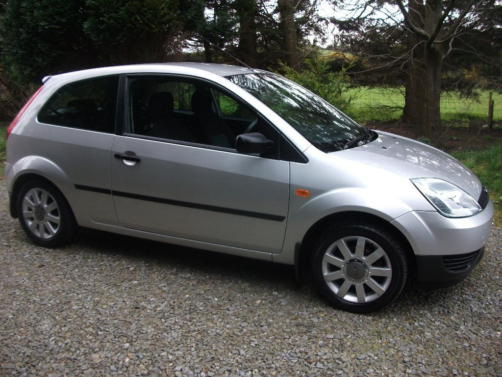 2004 ford fiesta 1 2 finesse 3 door in belfast city centre belfast gumtree. Black Bedroom Furniture Sets. Home Design Ideas