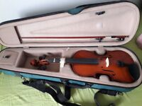 Full size used starter violin with bow and case