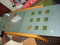 for sale extendable dining table glass and wood good condition ready to go