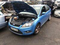 BREAKING 2009 Blue Ford Focus 1.6 Petrol