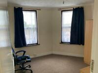 4 Bedrooms Duplex Flat is available to rent in UB4 Hayes