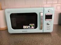 Daewoo KOR7LBKM Retro Style Microwave Oven, 20 L, 800 W - Mint