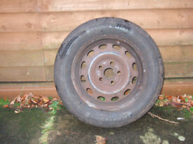 5 Stud 16in Wheel with Excellent 205/60/R15-91V Tyre.
