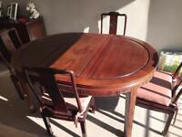 Dining table extends to 6 seater