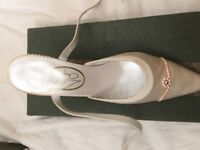 Ladies Shoes (Brand New)