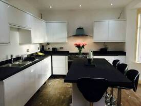 High gloss kitchen for sale.