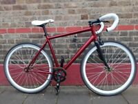 Super lightweight specialized singlespeed/fixie bike