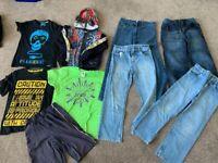 Boys 8-9 bundle (4 jeans, 3 T-shirt's, Spiderman hoody, shorts)