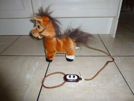 Battery operated toy horse v g c