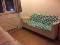 Room for Couple or 2 persons | Shadwell