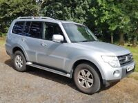 Mitsubishi Shogun Equippe LWB (7 seats - cloth)