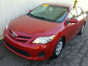 2013 Toyota Corolla CE AUTO/AIR/SUNROOF/HEATED SEATS/BLUETOOTH