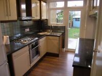 **HIGHLY SPACIOUS** 3 BEDROOM, HEART OF WIMBLEDON!