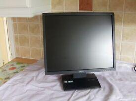"""19"""" monitor Acer V193"""