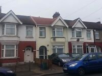 2 Bed Flat in Ilford, IG1, South Park Short Walk, Good Schools Nearby!!!!!!