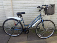 ladies 20in professional hybrid bike, basket, lights, ex-condition ready to ride can deliver